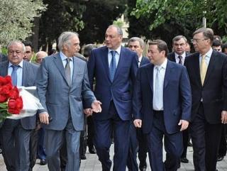 В Баку подписан ряд важных соглашений с субъектами СКФО