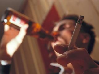 Пиво, сигареты и драки — главная составляющая конфликта?