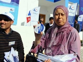 В Тунисе в преддверии выборов нарастает полемика