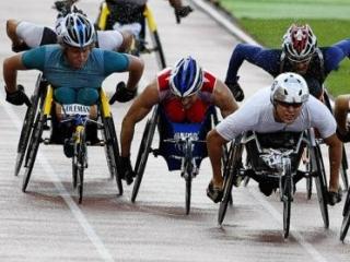Параолимпийцы со всей России пытаются привлечь внимание