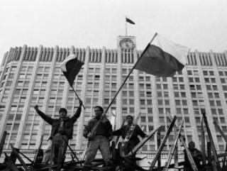 """Что важнее: Распад СССР или """"Буря в пустыне""""?"""