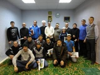 Новый муфтий Тюмени привез подарки в Югру