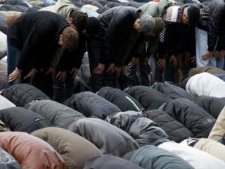 Прихожане Исторической мечети будут молиться на улице