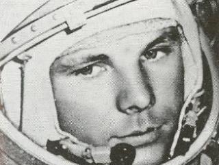 Первым Гагарина после приземления снял татарский оператор