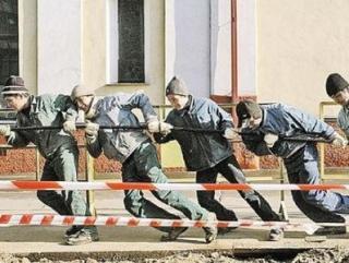 Мигрантов будут учить в Таджикистане для работы в России