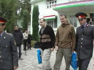 Разбор полетов аукнулся таджикским мигрантам