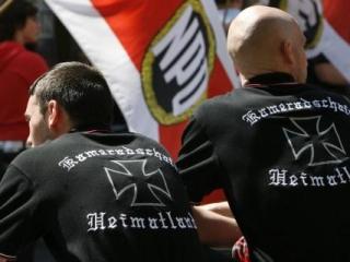 В Германии неонацистов поставят на учет