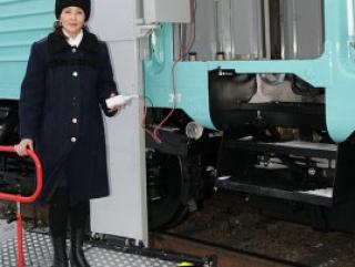 Инвалиды Казахстана будут ездить в приспособленных вагонах