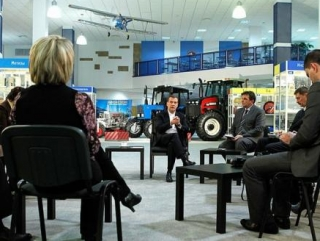 Дмитрий Медведев рассказал о провокаторах и их приемах