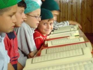 В России на пять хафизов Корана стало больше