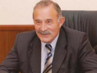 Аслаханов о политической власти и личных амбициях чиновников