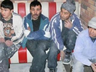 Обсуждено положение дел с защитой прав таджикских мигрантов