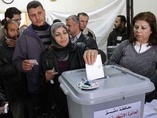 Сирийцы проголосовали на муниципальных выборах