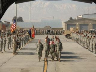 За 10 лет авиабаза Манас приняла 2 млн. американских солдат