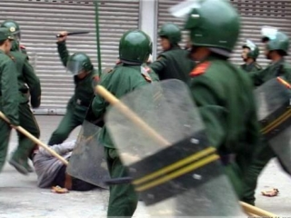 Китайские мусульмане погибли, защищая мечеть от полиции