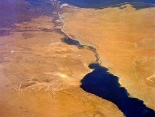 Суэцкий канал принес Египту более 5 млрд долл