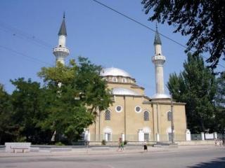 Крымским мусульманам необходимо ещё 50 мечетей