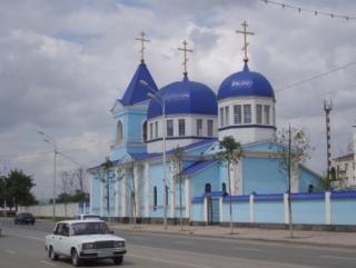В Чечне православные христиане прошли обряд крещения
