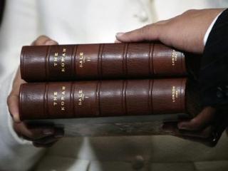 Репортаж: кто и зачем ходит в исламскую библиотеку в Махачкале