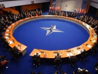 НАТО, как противовес России и Китаю?