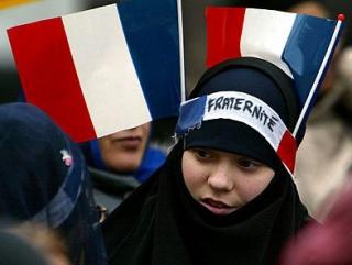 Франция: секулярность как метод борьбы с мусульманами