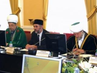 Тюменские муфтии помолились в церкви