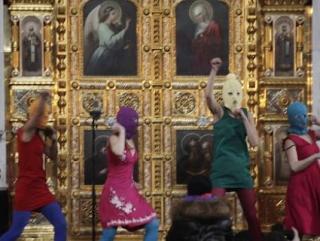 Муфтий Москвы осудил выходку танцовщиц в храме Христа Спасителя