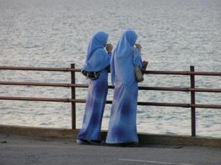 Женщина-мусульманка стала объектом обсуждения