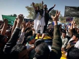 Афганский солдат ликвидировал оккупантов, стрелявших в народ