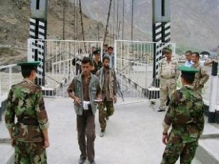 Совфед оставил российских пограничников в Таджикистане