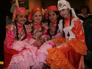В Татарстане дети русской национальности срывают аплодисменты