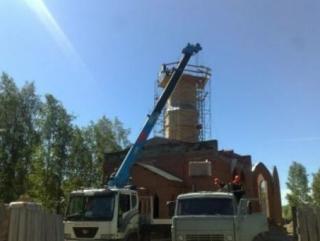 Минарет мечети возвели на 16-метровую высоту