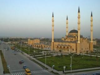 Муфтий Чечни заставил имамов ходить на утренние молитвы в мечети
