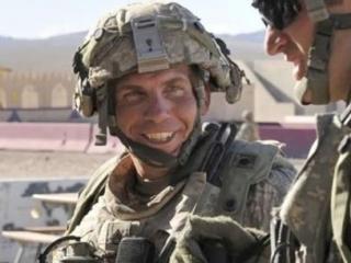 Сержант армии США Роберт Бэйлс обвиняется в убийстве 16 мирных афганцев в провинции Кандагар