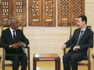 Президент Сирии Башар Асад и спецпредставитель ООН и ЛАГ Кофи Аннан во время встречи в Дамаске 10 марта