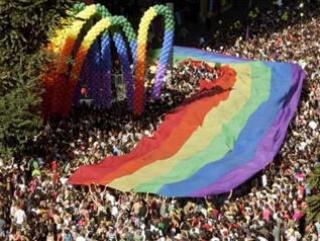 Проект закона о запрете пропаганды гомосексуализма внесен в Госдуму