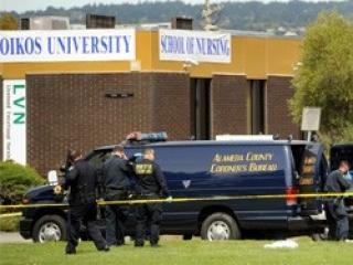 По словам основателя Oikos University пастора Чен Кима, подозреваемый сделал не менее 30 выстрелов
