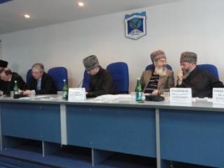 Президиум форума по интеграционным аспектам духовно-нравственного воспитания мусульманской молодежи