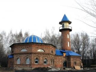 В Ленинск-Кузнецком заработала мечеть у древних курганов
