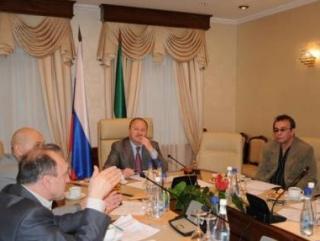 Заседание провел Полномочный представитель РТ в РФ Равиль Ахметшин