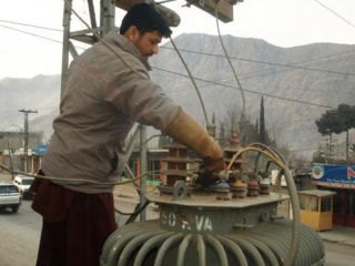 Таджикистан, обладающий огромными гидроэнергоресурсами, каждую зиму испытывает сильные перебои в электричестве
