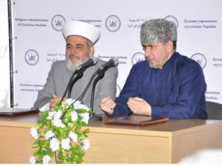 """Султан Мирзаев: """"Соглашение с ДУМ Украины позволит нам консолидировать свои усилия в деле борьбы с радикализмом"""""""
