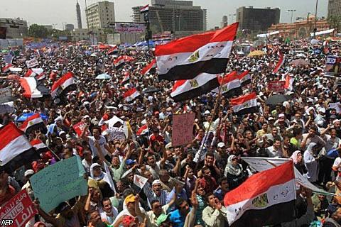 Сотни тысяч египтян собрались сегодня на главной площади