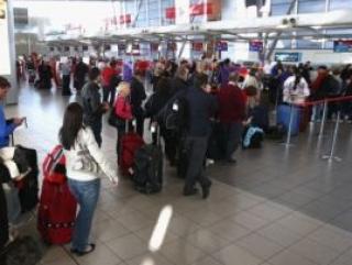 Россияне застряли в аэропортах