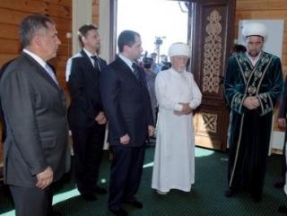 Собравшиеся помолились в мечети