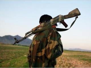 По мнению экспертов, многие солдаты афганской армии сохраняют лояльность сопротивлению