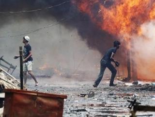 На западе Мьянмы выжигаются мусульманские деревни