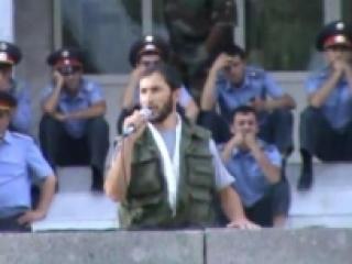 Сабзали Мамадризоев на митинге в Хороге