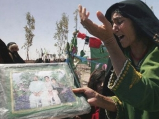 Солдаты Карзая мстят НАТО за убийство афганцев
