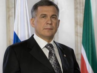Президент Татарстана поздравил с Днем Республики